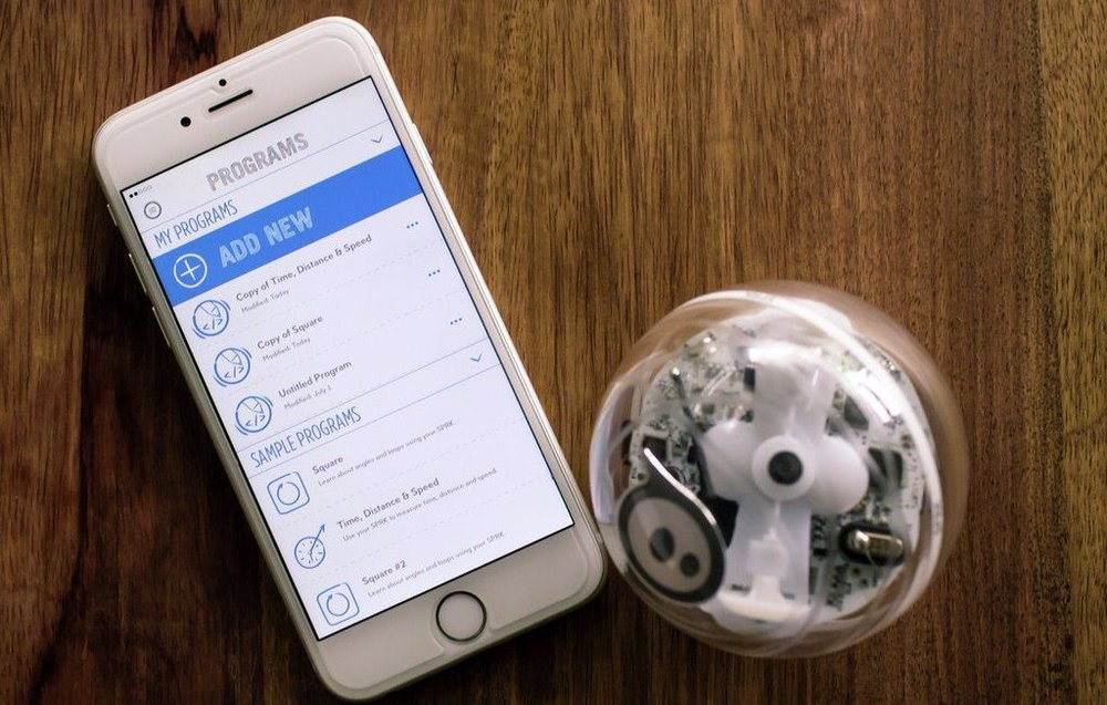 Transform your ideas into code with this app-enabled robot